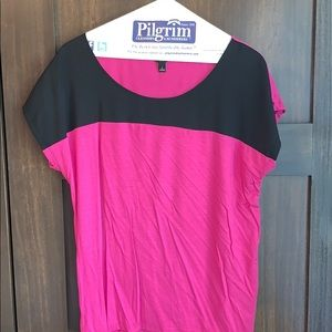 Ann Taylor pink and black top